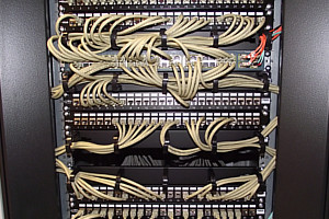 "Szafa serwerowa rack 19"""